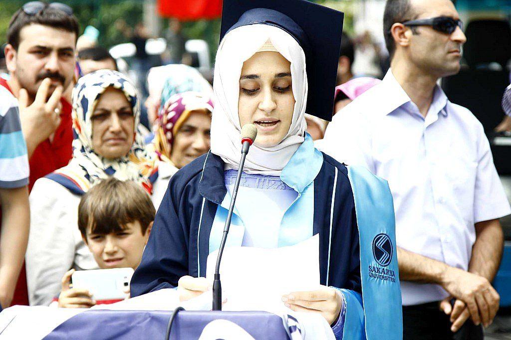 SAÜ Eğitim Fakültesi Mezuniyet Töreni-2015 (3)