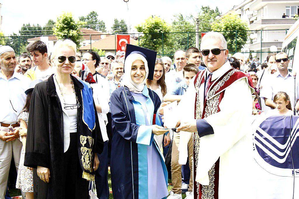 SAÜ Eğitim Fakültesi Mezuniyet Töreni-2015 (4)